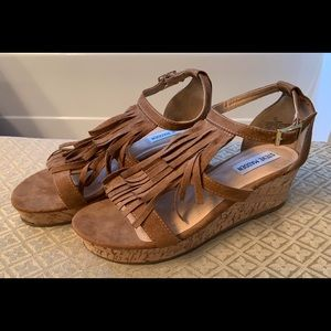 Girls Steve Madden Fringe Wedges